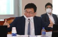 '손절'이냐 '엄호'냐…이상직 의원 두고 여권 내홍 조짐